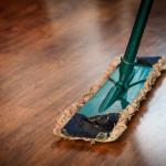 シェアハウスのリビング掃除!3つの便利グッズと心がまえで清潔に使い続けよう